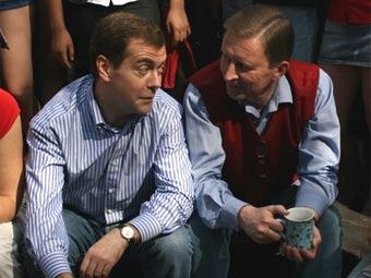 Партия и Медведев